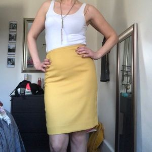 Springy, yellow super comfortable pencil skirt!